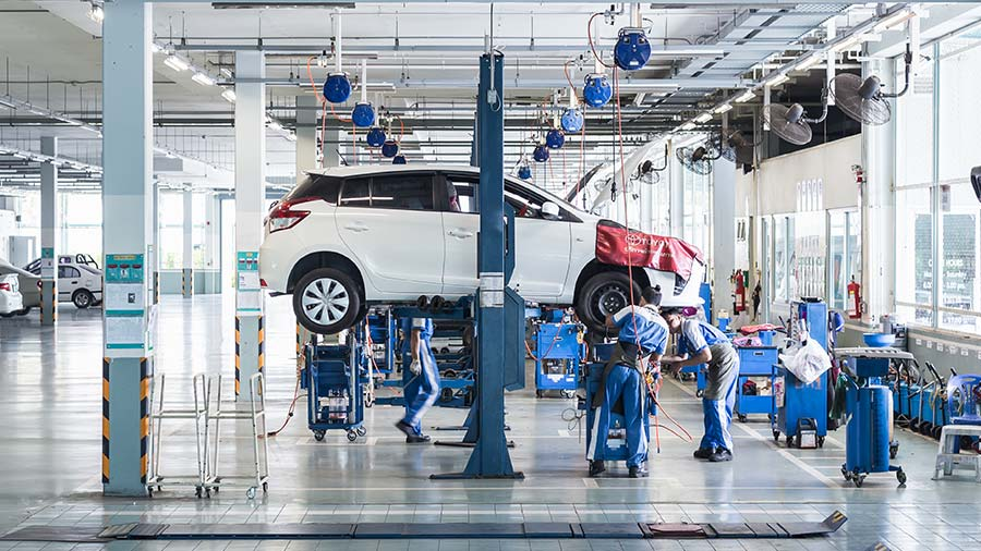 How is the job/salary cut situation at car dealers & OEMs? | Car Dealer  Tracker: Car Dealers Review & Rating site | Share your Experiences here